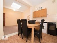 A New Spacious 4 Bedroom Flat Available !