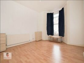 Spacious Bright 1 Bedroom Flat Available E8!