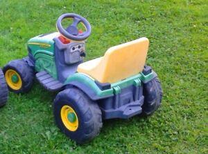 Tracteur électrique John Deere 6 volts pour enfant