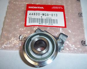 Honda-SPEEDOMETER-GEAR-BOX-ASSY-GL1200-GL1200A-GL1200I-GOLD-WING-ASPENCADE