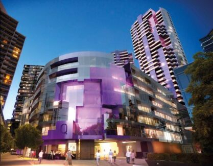 Double room available in gorgeous waterfront apartment Docklands Melbourne City Preview