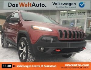 2016 Jeep Cherokee Trailhawk 4X4, Heated/Leather Seats, Sunro...