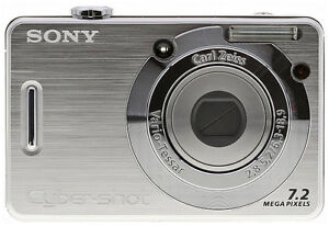 Sony DSC-W55 digital camera