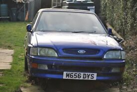 ford escort cabriolet for spares. lots of good bits