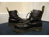 Women's Doc Marten boots - UK size 6