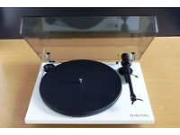 Project Essential Digital Turntable New Ex Display