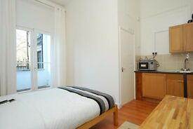 Studio flat to rent in Collingham Road, South Kensington, SW5 0NU