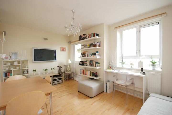 Desirable Two Bed Two Bathroom Apartment In Fitzrovia Close to all the West End Has to Offer