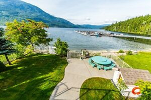 SHUSWAP WATERFRONT WILD ROSE BAY
