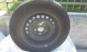 Kelly Edge All Season 195 / 65 R15 on rims West Island Greater Montréal image 3