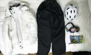 *Like New* SPY Ski Goggles, Giro Helmet, Mens Board Coat & Pants