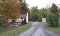 House on 15 acres for rent.  20 minutes north of belleville.