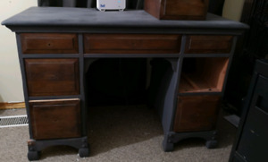 Solid maple wood vanity desk with mirror