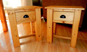 Rustic Pine Living Room Side Table @ www.handbuiltfurniture.ca