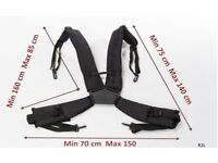 Accordion shoulder straps . Wide & well padded .