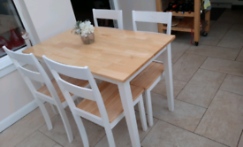 Beautiful kitchen dining table and chairs