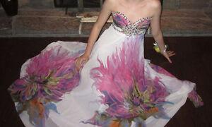 Terani Couture Prom Dress (size 6)
