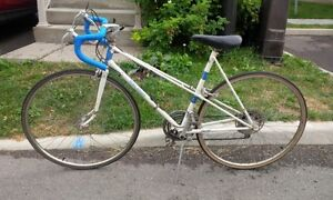 Classic Ladies Raleigh 10 speed - Good condition. Kitchener / Waterloo Kitchener Area image 4