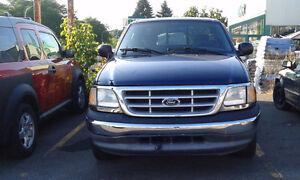 2003 Ford F-150 XLT Pickup Truck