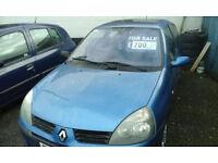2005 Renault Clio 1.2 16v ( NOW £700 ono )