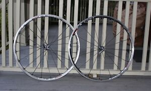 Roues Shimano RS80 C24