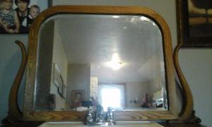 Antique bathroom sink with mirror Kitchener / Waterloo Kitchener Area image 6