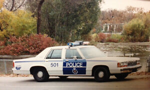 Old Winnipeg Police Ford Crown Victoria/Chevy Caprice cars