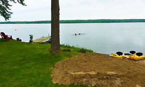 Lakeside Cottage Rental - ONE AUGUST WEEK STILL AVAILABLE!