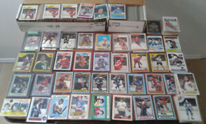 Large group of vintage hockey cards