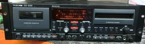 Tascam CC-222 Cassette/CD Recorder (MISSING CD Player Cover) ---*F38*