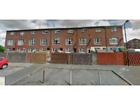 STUNNING LARGE STUDIO WITH OWN KITCHEN AND ENSUITE AT NORTHOLT - £ 800 / MONTH
