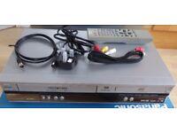 PANASONIC NV-VP30 DVD/CD PLAYER & VCR/VHS COMBI - SILVER