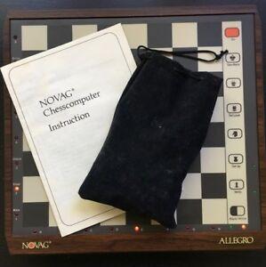 Jeu d'échecs informatisé / Computerized Chess Game