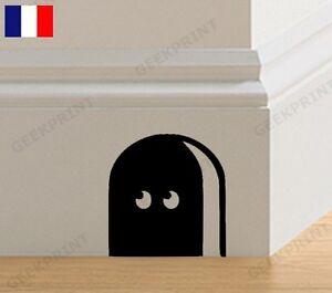 trou de souris dans le jardin maison design. Black Bedroom Furniture Sets. Home Design Ideas
