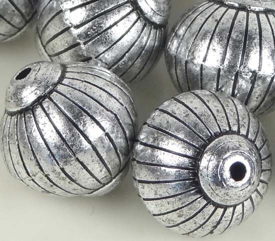 8 Large Lantern / Round Acrylic Silver Metal Plated Craft Beads 20x19mm