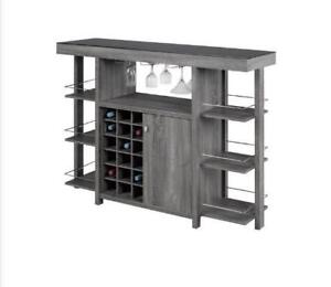 BAR AND BAR STOOLS ON SALE