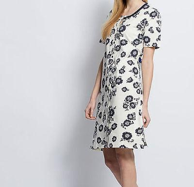 Nachthemd - Gr. 40/42 - blau/weiß - Blütendruck - Spitze - Bigshirt - Pyjama ()