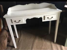 Lovely vintage dressing table / Desk