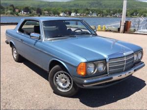 1983 Mercedes 230ce 4 speed MANUAL RARE MINT