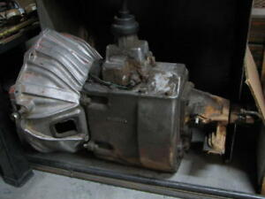 NP 435 Chevrolet 1 ton 2wd transmisson with pto and bell housing