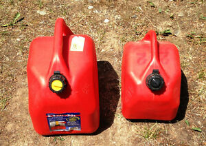 10 and 20 liter gas cans IN CRESTON