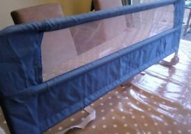 Lindam bed guard in very good condition