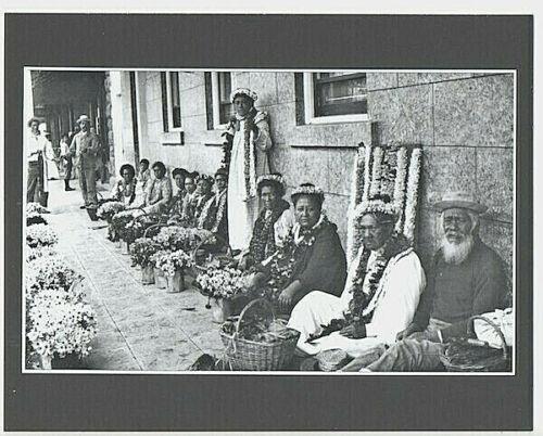 LEI SELLERS AT TAYLOR DRY GOODS HONOLULU 1890