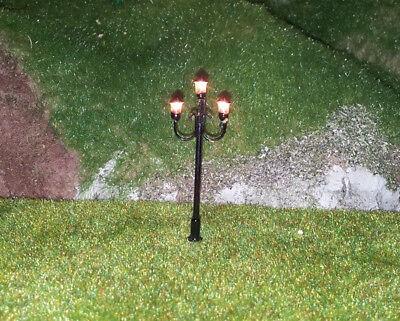 5 Stückneue Modellbaulampen 3-flammig H0, (RM105)