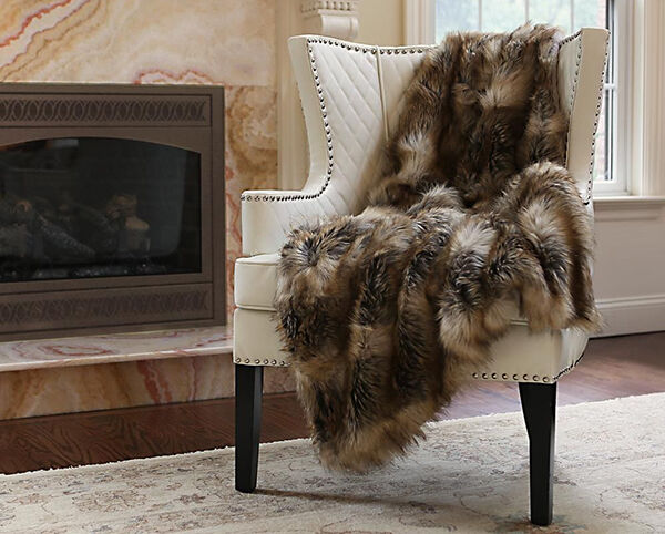 What to Look for When Buying a Used Faux Fur Throw