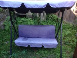 3 Seater Swing Chair Clontarf Manly Area Preview