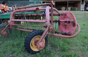 MASSEY FERGUSON  RAKE **REDUCED**