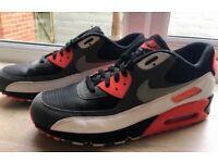 Nike Air Max 90 - size 12