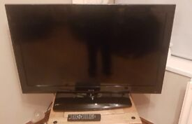 Polaroid 40 Inch LCD FULL HD 1080P TV + FREEVIEW + USB SLOT + REMOTE. NO OFFERS,