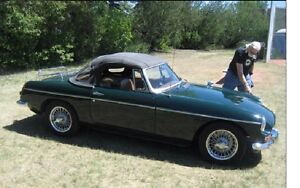 MGB 1965 electric overdrive, no rust, great shape